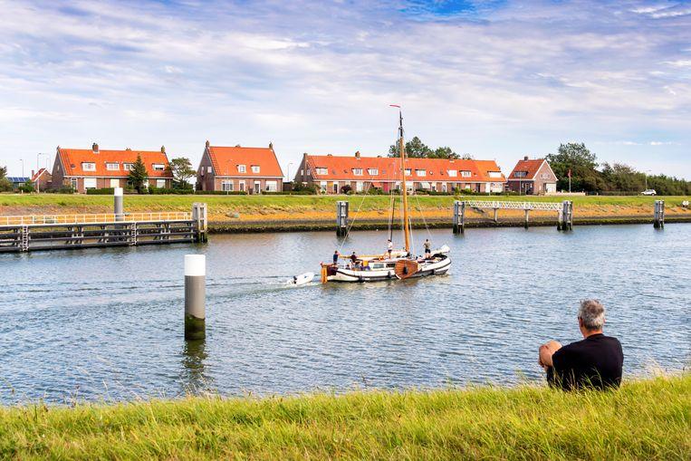 Het gehucht Kornwerderzand op de Afsluitdijk telt ongeveer vijftig inwoners. Beeld Sander Groen