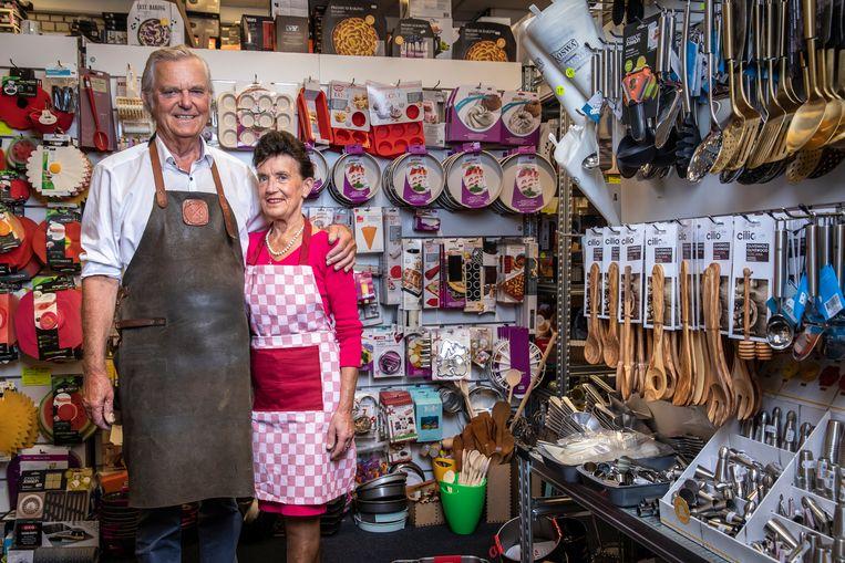 Thomas de Boer, oprichter van het familiebedrijf in de Kinkerstraat, en zijn vrouw Ellen. Beeld Dingena Mol