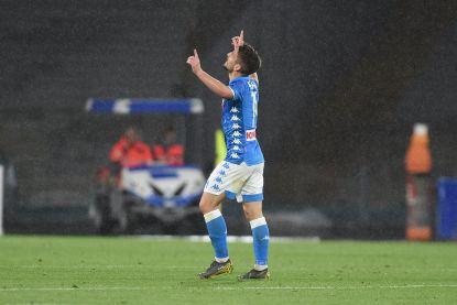 Maradona nu ook voorbij: Mertens met nummer 107 voor Napoli, dat zeker is van plaats 2