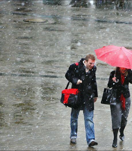 Vanavond kan er een vlok natte sneeuw vallen, morgen kletsnatte dag