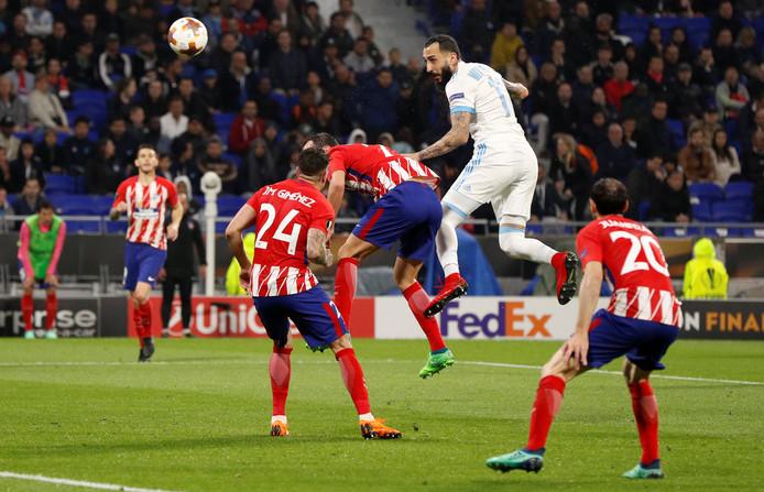 Konstantinos Mitroglou namens Olympique Marseille in actie tijdens de Europa League-finale tegen Atlético Madrid.