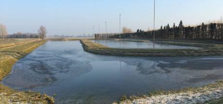De IJsvrienden hebben de pomp weer aangezet in Wijk en Aalburg