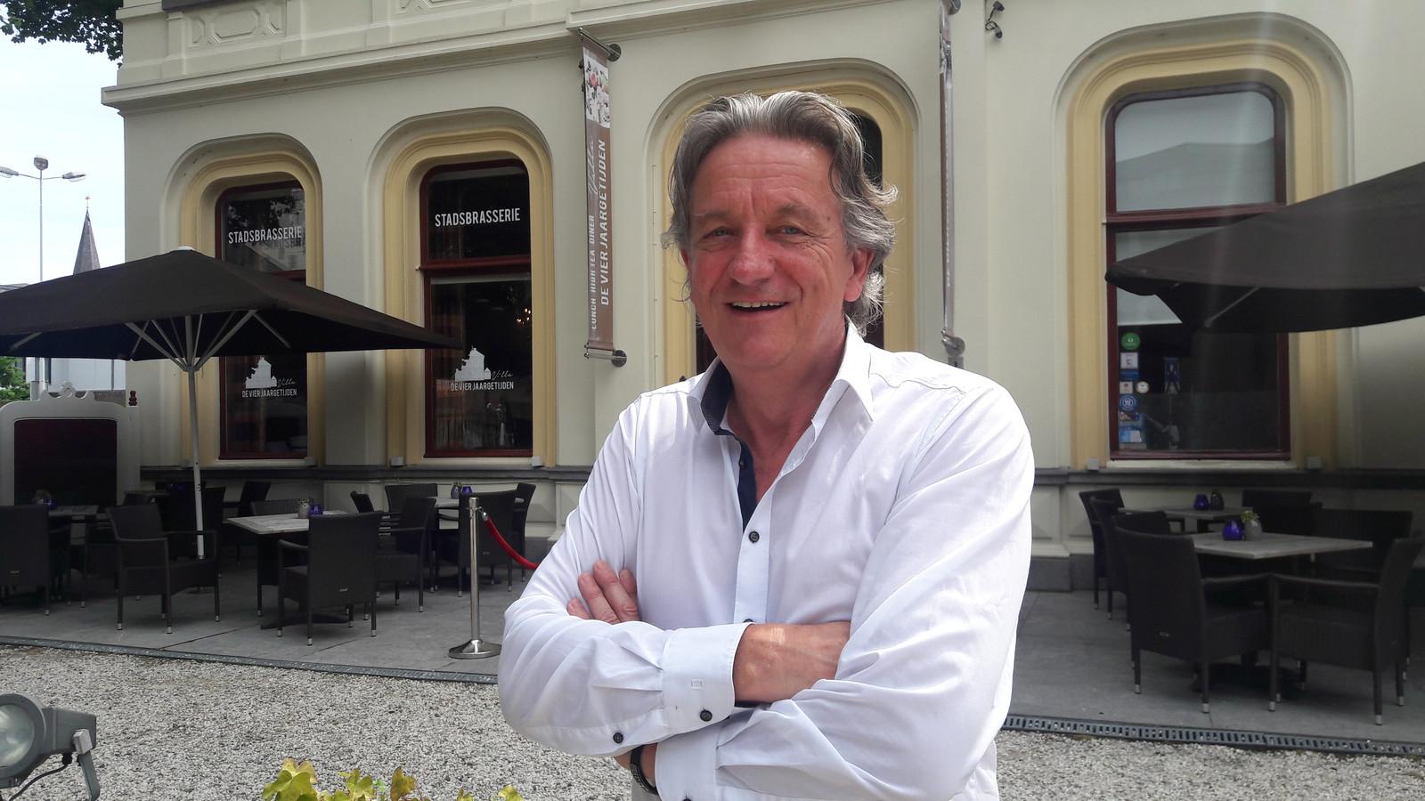 """Voor eigenaar Louis Janssens is het afscheid na 33 jaar bepaald niet makkelijk. ,,Ik heb iedere vierkante centimeter onder handen gehad."""""""