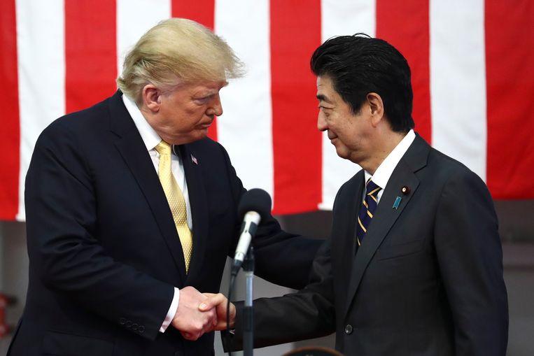 Donald Trump met Shinzo Abe. Beeld EPA