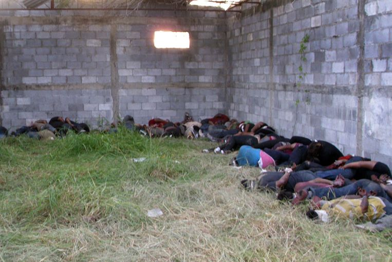 Het massagraf in Mexico. (AFP) Beeld