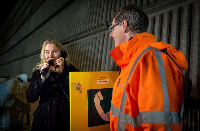 VVD-minister Schultz van Haegen (Infrastructuur en Milieu) heeft de maximumsnelheid op veel snelwegen verhoogd naar 130. Beeld anp