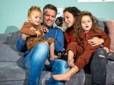 Mark Rutte doet ook donatie aan stichting van Alphense Pip en Teun