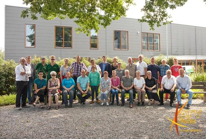 Twee wethouders, negen raadsleden en twee ambtenaren van de Veluwe gingen voor een dag aan de slag bij Inclusief in Nunspeet