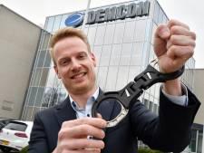 Innovatieve handboeien laten Demcon uit Enschede verder groeien