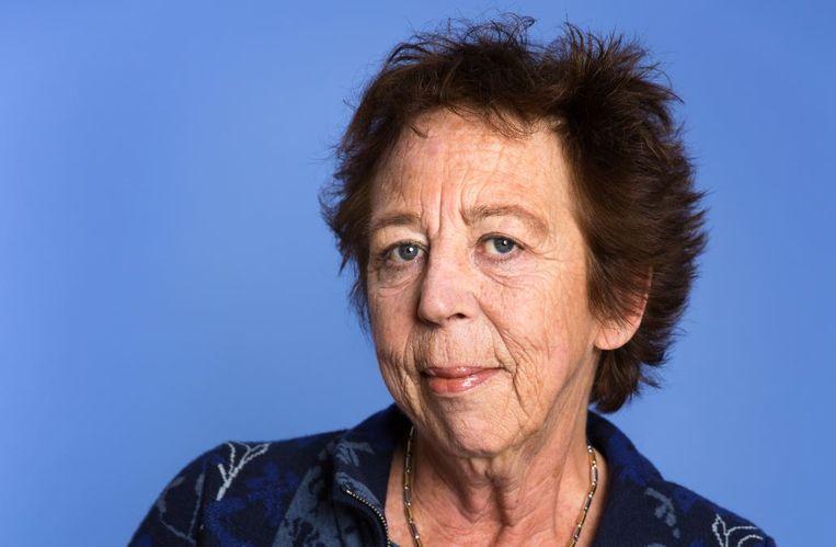Renate Dorrestein:  Als je ziek wordt, komt er een heel nieuw arsenaal aan grappen binnen je bereik. Beeld Ringel Goslinga