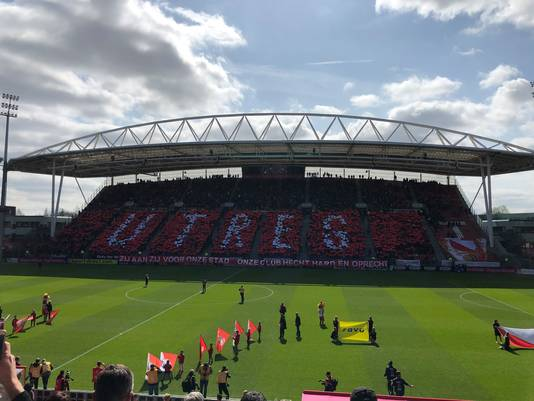 Herdenking bij de wedstrijd FC Utrecht - Feyenoord