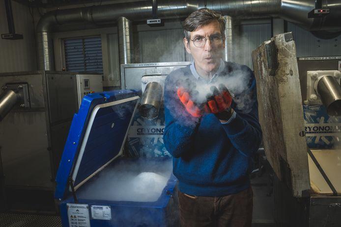 CEO Christophe Cuigniez zag de vraag naar machines om droogijs te produceren verviervoudigen.