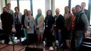 Buitenlandse leerkrachten ontvangen op gemeentehuis