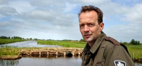 Boswachter John wordt pislink van tuinafval in de natuur: 'Flikker je ook je vuilniszak bij de buurman in de tuin?'