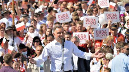 Poolse president tegen adoptie door koppels van zelfde geslacht