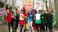 """""""Helaas zijn we geen echte superhelden"""": opvoeders en leerkrachten voeren actie"""