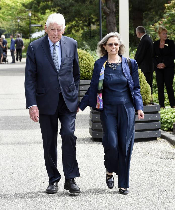 Wim Kok en zijn vrouw.
