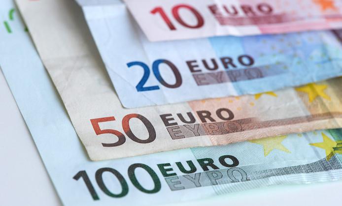 2012-05-22 00:00:00 DEN HAAG - Eurobiljetten. ANP  XTRA LEX VAN LIESHOUT