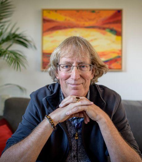 Reisfilosoof uit Hengelo: 'We zitten vast in wachten op dat vaccin'