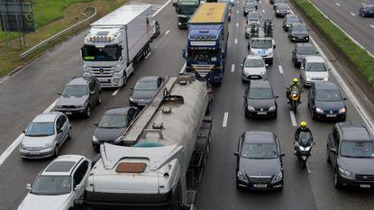 Zware ochtendspits door ongeval met zes wagens op Brusselse ring