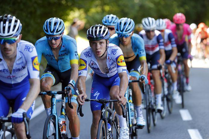 Sur la touche depuis le Tour de Lombardie, Remco Evenepoel est à la fois impressionné et inspiré par les performances de Tadej Pogacar sur les routes du Tour.