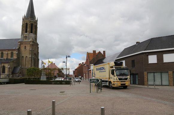 De Sint-Bartholomeuskerk van Zandvoorde.