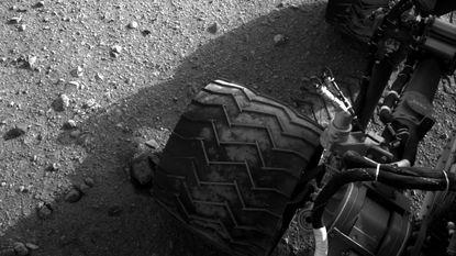 Marsjeep Curiosity oostwaarts vertrokken