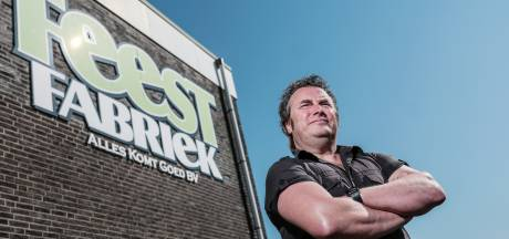 Ronnie wil met nieuwe omroep Stamppot medialand opschudden: 'Uit de bubbel van de Randstad'