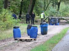 Groot aantal vaten met mogelijk drugsafval gevonden bij Otterlo
