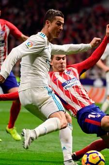 Atletico en Real raken verder achterop na gelijkspel in derby