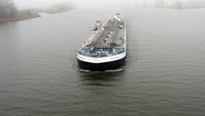 Het binnenvaartschip Maria Valentine.