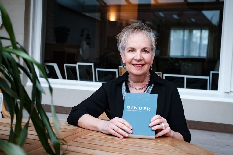 Mieke Vandromme met haar eerste roman
