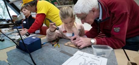 Praktijklessen van Christoffelschool in Aalst maken kinderen nieuwsgierig naar techniek