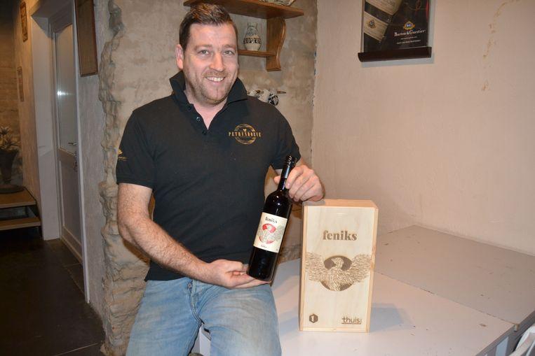 Gerry Calders heeft ook houten kistjes laten maken die zullen te zien zijn in 'Thuis'.