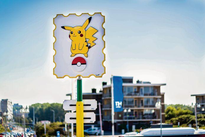 In Den Haag is op Kijkduin zelfs een bord te vinden, waarmee het Haagse Kijkduin tot Pokémon hoofdstad van de wereld werd uitgeroepen.  Bron: Robin Utrecht/luka de kruijf