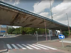 Un morceau du petit ring de Charleroi s'écroule sur la route