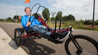 """Maarten Keusters (23) in ligfiets naar de top van de Ventoux: """"Extra aandacht voor donoren is nodig"""""""
