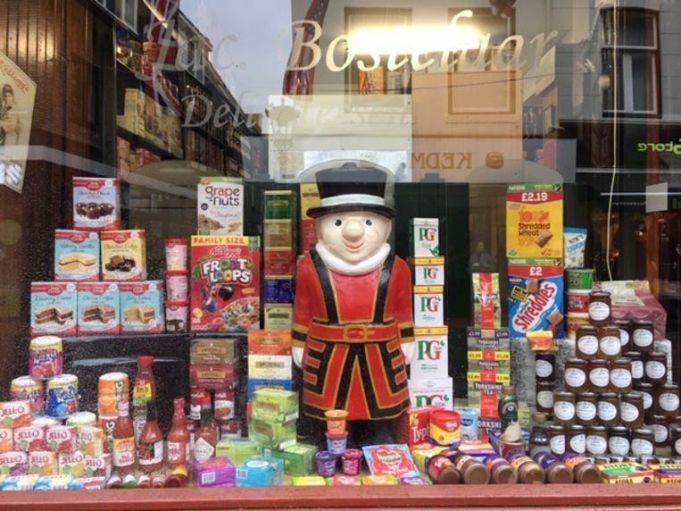 De Britse levensmiddelenwinkel in Utrecht.  Beeld Wim Boevink
