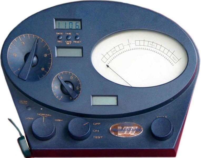 Een e-meter. Beeld Koayf / Wikimedia