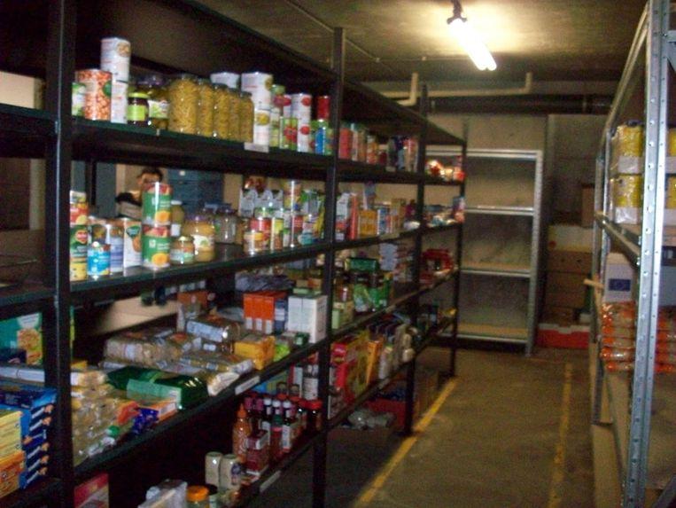 De voedselbedeling in Oostrozebeke verhuisde recent naar een grotere ruimte.