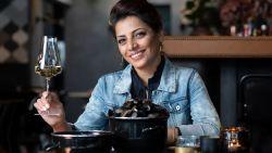 """Onze sommelier Sepideh proeft mosselwijnen uit de supermarkt: """"Deze wijn is mossel noch vlees, te 'cheap' op alle gebied"""""""