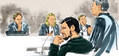 'Terroristische stationsteker' Jawed S. weigert naar rechtszaal te komen, wordt nu gedwongen