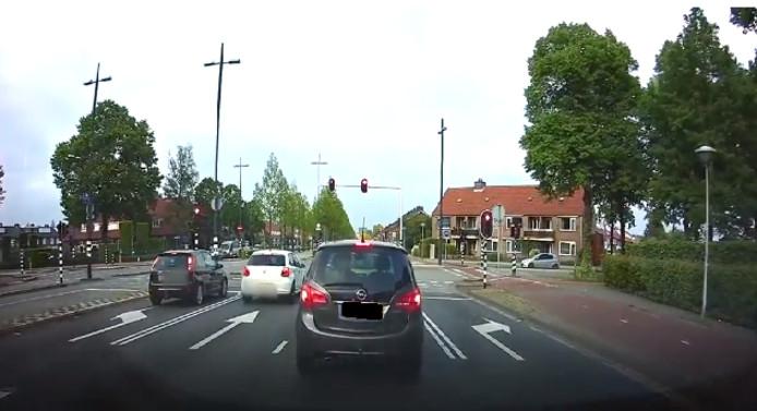 Een verkeersruzie in Eindhoven is onlangs flink uit de hand gelopen.