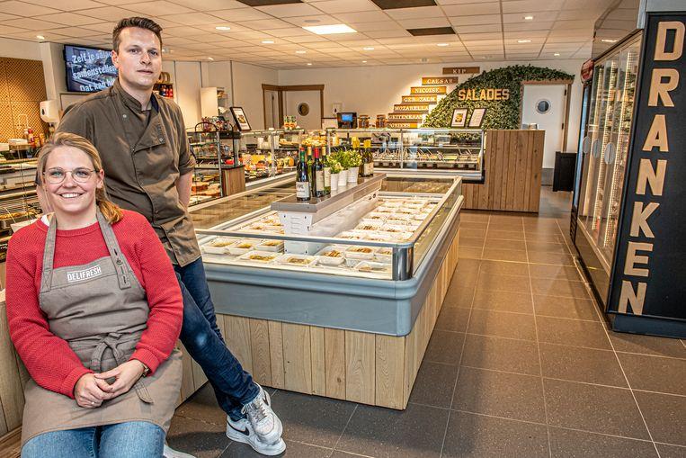 Stefanie Martin en Jeroen Ommeslag in hun vernieuwde Delifresh.