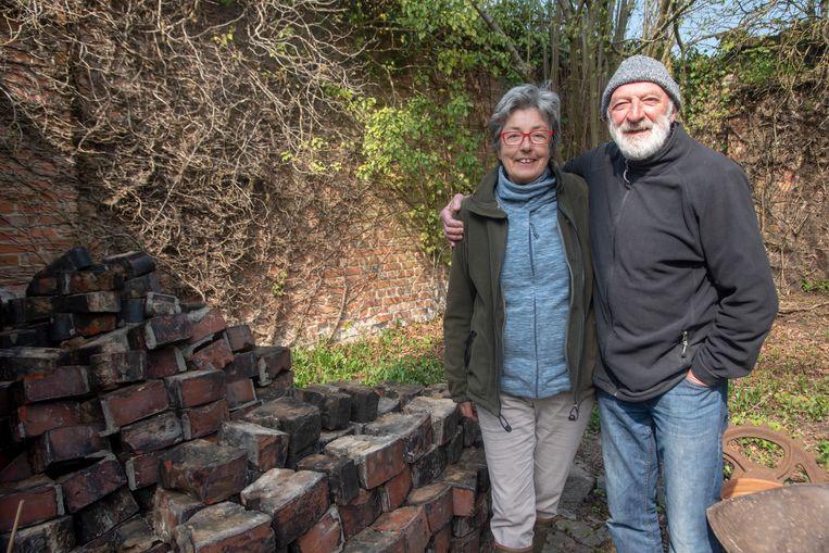 Agnes en Roel van de Van Hauwermeirsmolen in Massemen.