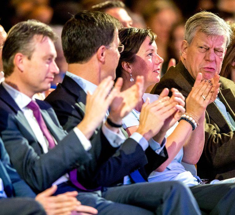 Halbe Zijlstra, Mark Rutte en Ivo Opstelten tijdens het voorjaarscongres van de VVD in het congrescentrum Papendal.  Beeld ANP