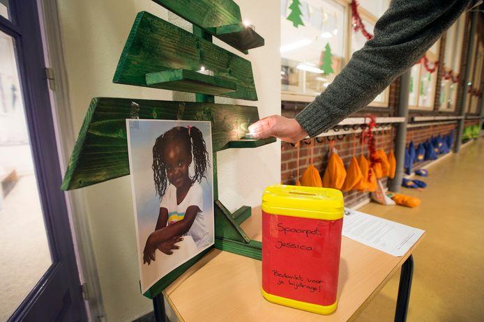 Op basisschool De Bolster staat een spaarpotje voor Jessica.