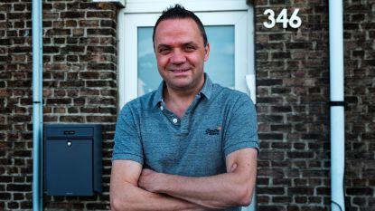 Charmezanger Steve Tielens schakelt 'Huizenjagers' in om nieuwe woonst te vinden