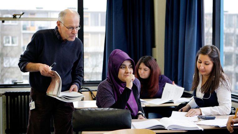 Leerlingen van de ROC-school Midden Nederland in Utrecht volgen de lessen Beeld anp