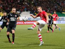 FC Twente met tien man kansloos onderuit bij AZ